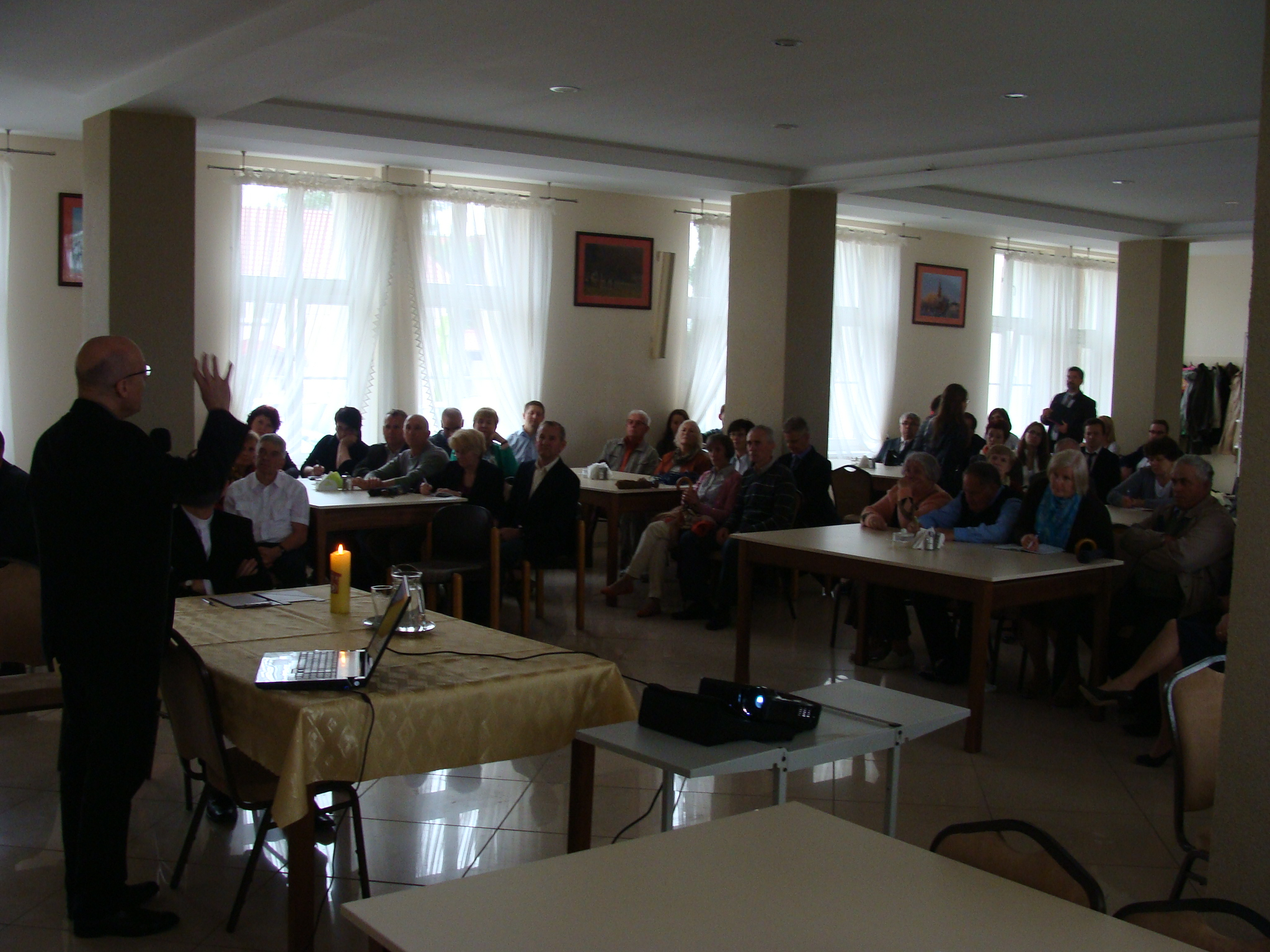 Konferencja ks. prof. Machinka (2)-3